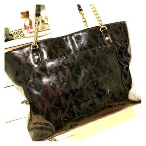 Michael Kors black purse/ handbag